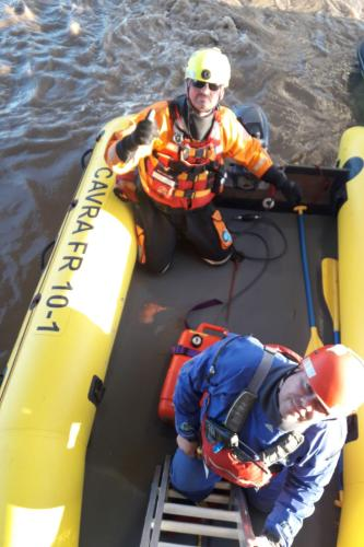 RESCUE BOAT TRAINING
